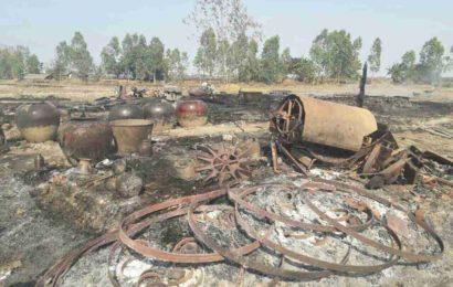 စပါးရိုးပြတ်များ အပူရှိန်လွန်ကဲ၍ လယ်ယာသုံးပစ္စည်းများ မီးလောင်ကျွမ်း
