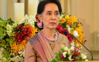 ဒီမိုကရေစီဖော်ဆောင်နေဆဲ မြန်မာနိုင်ငံ၌ အကြမ်းဖက်မှုအတွက် နေရာမရှိဟု နိုင်ငံတော်၏ အတိုင်ပင်ခံပုဂ္ဂိုလ် ပြောကြား
