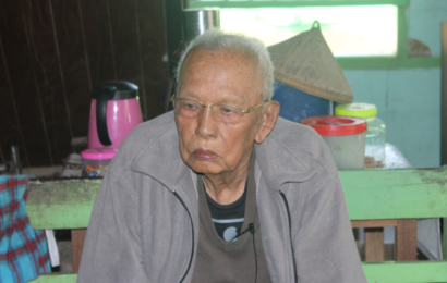 ၁၉၉၀ အမျိုးသားဒီမိုကရေစီအဖွဲ့ချုပ်အမတ် အလယ်တန်းပြဆရာကြီး ဦးဗိုလ်ထွေး၏ နိုင်ငံရေးဖြတ်သန်းမှုဘဝ